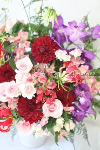 バレエお祝いアレンジ コンサートお祝いアレンジメント  大賀ホール 軽井沢フラワーショップ