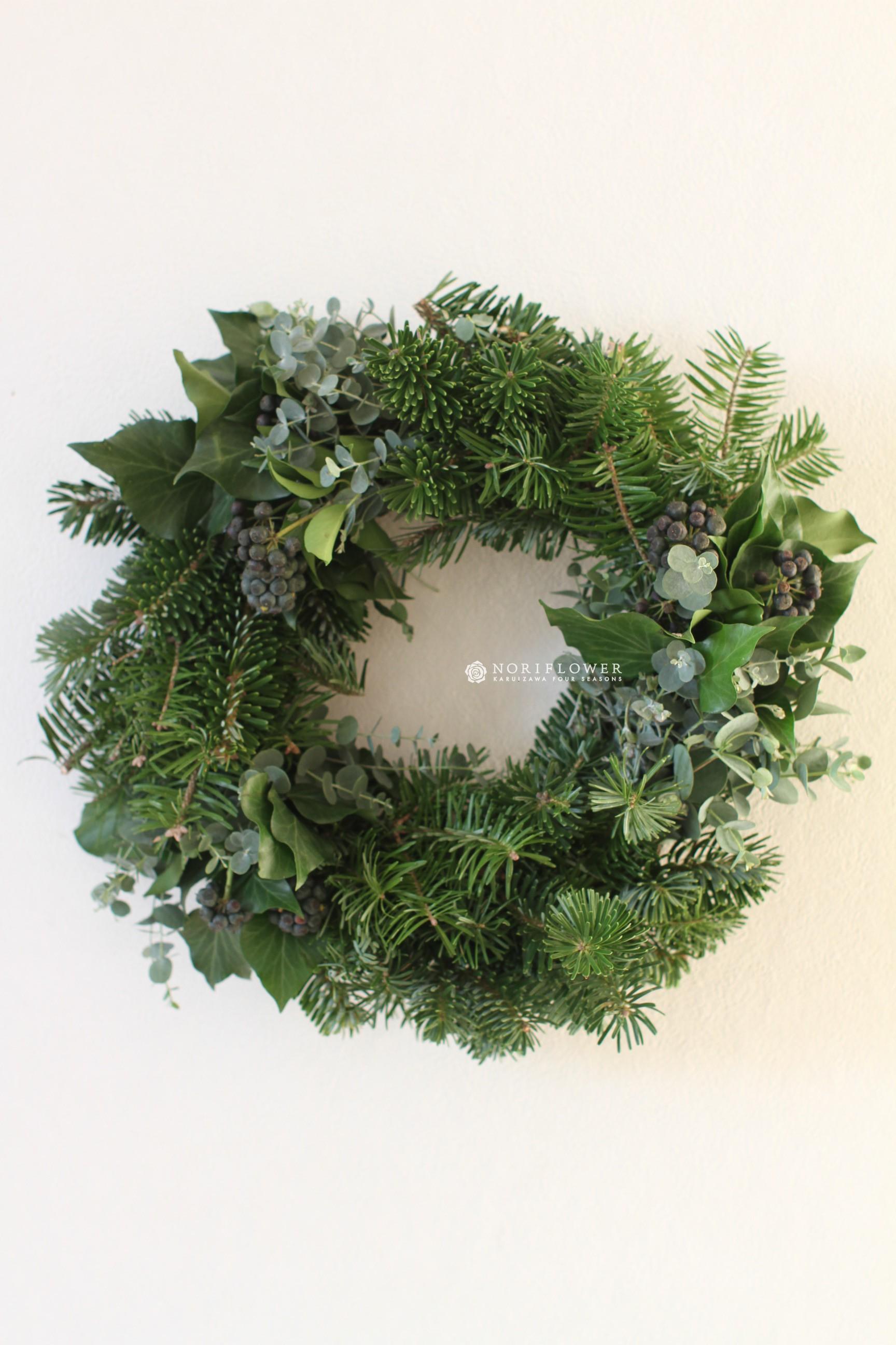 クリスマスツリーの木の種類や名前は?飾りをお …