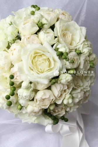 ラウンドブーケ 生花 ホワイト&グリーンネックレス