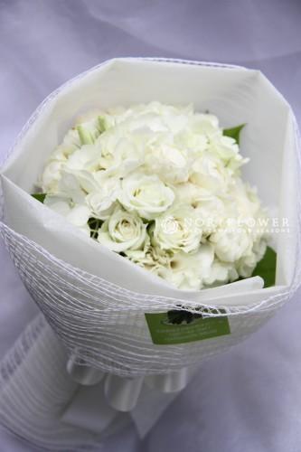 ホワイトミニ花束