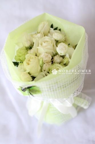 ホワイト&グリーン ミニ花束