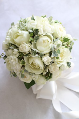 ウェディングブーケ 軽井沢 軽井沢ウェディング ホワイトラウンドブーケ 白グリーンウェディングブーケ 白グリーンラウンドブーケ