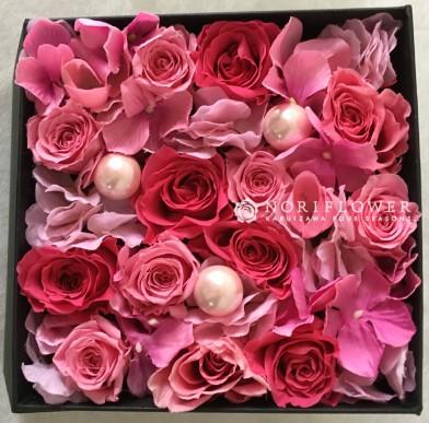 フラワーボックス flowerbox flower box ボックスフラワー BOX FLOWER ボックス花 お祝いギフト 還暦祝い 還暦アレンジ 軽井沢ウェディング 軽井沢花屋 軽井沢フラワーショップ フラワーギフト ボックスフラワーギフト ボックスフラワーアレンジ 箱アレンジ